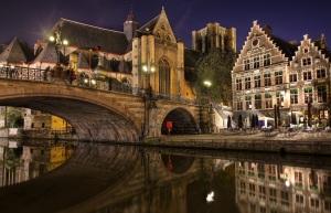 Bruges-Belgium-night